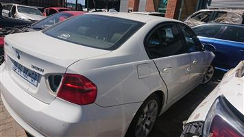 Stripping For Spares - BMW 320i