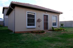 2 bedroom house for sale in Lotus Gardens