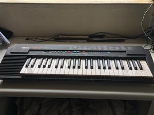 Yamaha PSR 2 Electric Keyboard