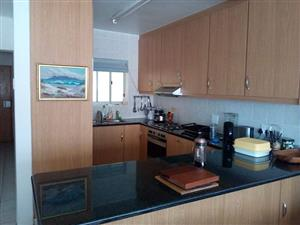 Fully furnished 5-star apartment to share in Sea Point
