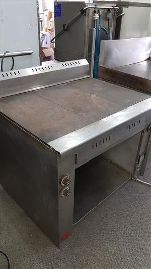 Vulcan - 3 plate stove / range
