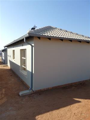 3 bed room for rental in clayville ext 71