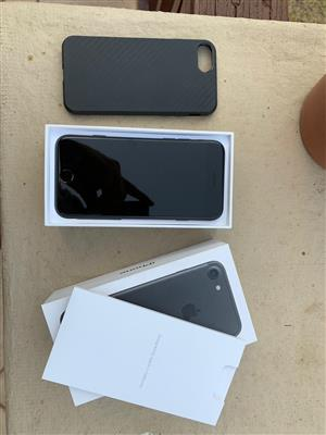 Immaculate iPhone 7 32G