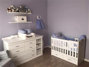 New Baby to toddler bedroom sets