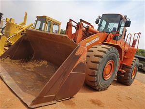 Used 2009 Doosan Mega 500 Front End Loader for sale