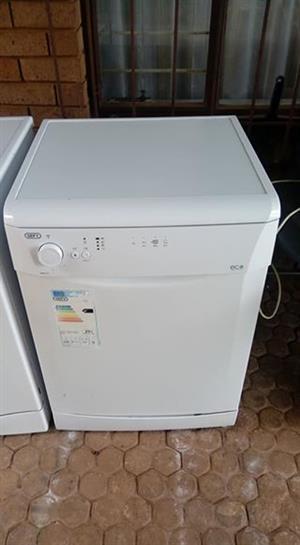 Dishwasher nog baie mooi opgepas
