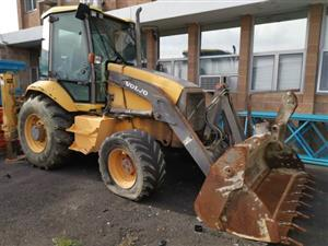 Warehouse auction - Sale 49: auction of office & household contents, woodwork machinery and vehicle