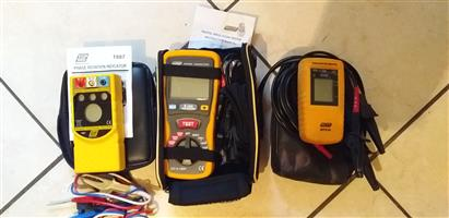 2 rotation meters and 1 Digital insulation meter