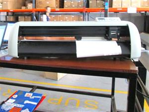 V-1120 V-Series High-Speed USB Vinyl Cutter, 1120mm Working Area Vinyl Cutter