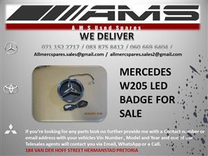 MERCEDES W205 LED BADGE