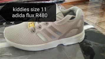 Kiddies Adidas flux shoes