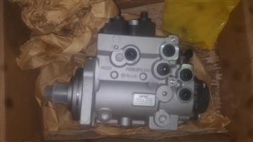 Caterpillar CT13 fuel pump   R 40,000