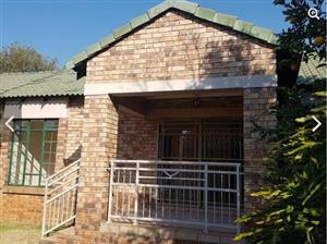 2 Bedroom Townhouse To Let in Farmstead, Equestria