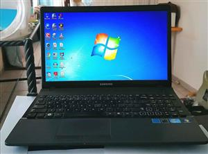 Laptop Samsin i3 with Windows 7