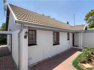 Ferndale - 3 bedrooms 2 bathrooms cluster house available R15000