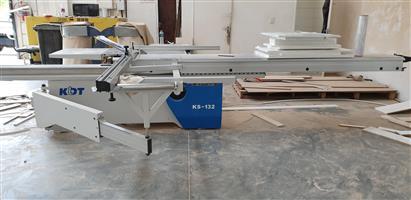 KS132 Sliding Table Saw