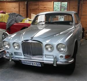 Classic Jaguar Sports saloon.