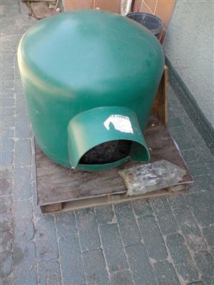 Big green dog kennel for sale