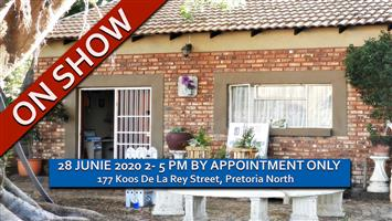 GORGEOUS 3 BEDROOM • 2.5 BATHROOM • HOUSE • SECURE COMPLEX