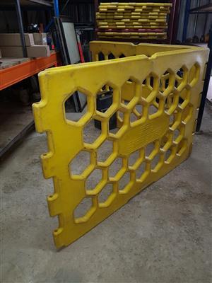 Bari Boards (barricade) for sale