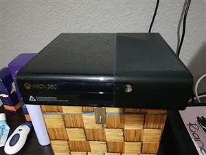 Xbox met 20 games en 2 remotes