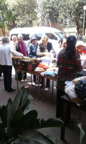 Donate old unwanted clothes furniture household goods to Charity