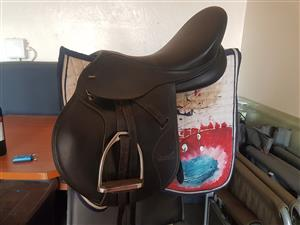 Black tekna s6 saddle for sale new