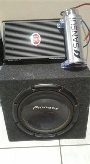 Sound 1000w Pioneer Sub met 3500 monoblock Amp