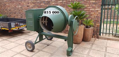 400 Litre Concrete Mixer with Honda GX 160 Petrol Engine