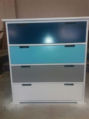 Chest of Drawers Ky 02 Price: R1999,00