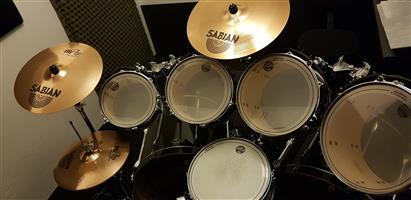 TAMA SuperStar Drum Kit - Black (10 Piece Total)