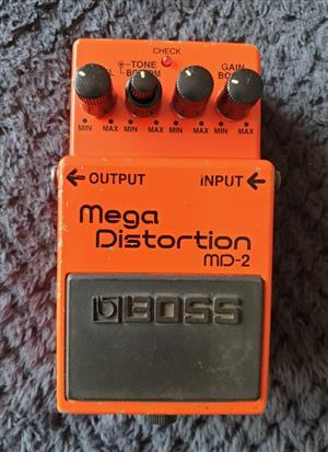 Boss MD-2 Mega Distortion Guitar Effects Pedal