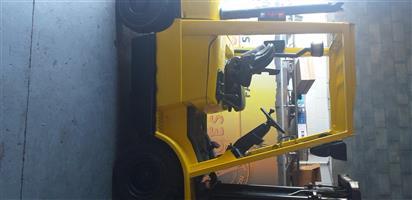 Hyster XM 2.5 Ton Diesel Forklift For Sale