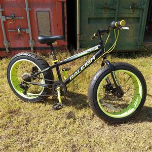 Kids 7 speed Shimano Raleigh chunky bicycle