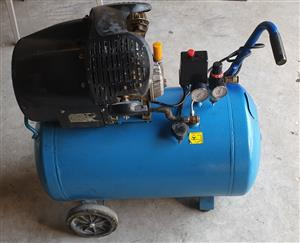 Compressor - Tradeair 100L 1.8KW V-Head Direct Drive