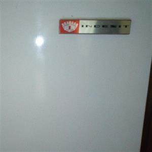 Brakpan Indesit fridge / freezer