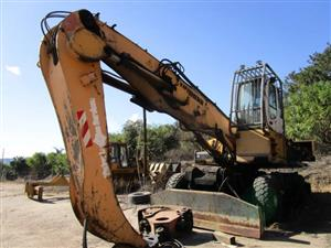 Liebherr A934 C-HD Litronic, Wheeled Excavator with Log Grab- ON AUCTION