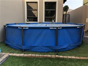 Bestway swimming pool