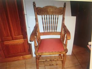Colonial dining room chair with the padded eat