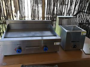 750mm gas grill and 6L Chip fryer