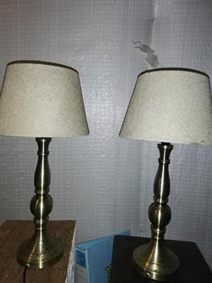 2 Bedside lamps for sale