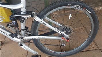"""Trek 17.5"""" Mountain Bicycle te koop"""