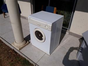 Defy DTD236 Automatic Tumble-Dryer