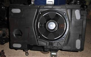 Range Rover Evoque Subwoofer for sale | AUTO EZI