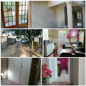 Flat to Rent in Vaalpark