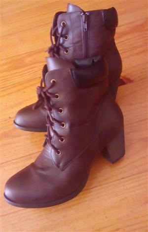 Brown Ankle Boots for Sale(Still New)