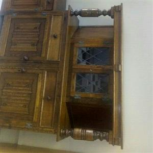Stunning Sideboard/Server with Display Units