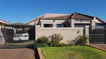 BEAUTIFULLY HOUSE AT ENNERDALE EXT 5