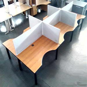Office cluster desk 6/way with dividers