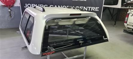 8076 VW AMAROK D/CAB MYSTIQUE CANOPY